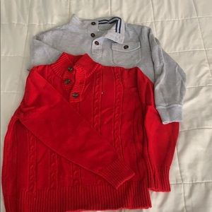2 boys size 8/10 holiday sweaters.